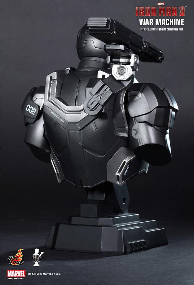 War MaChine Hottoys